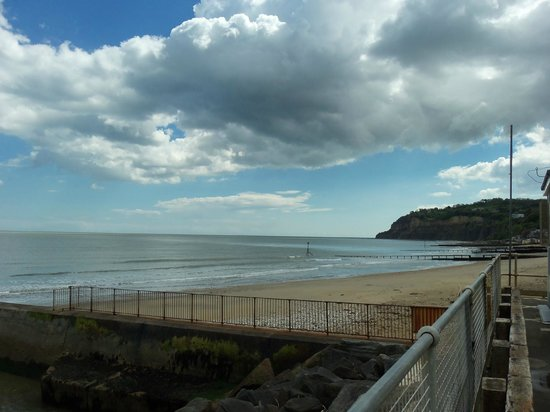 Landguard Holiday Park - Park Resorts: Shanklin beach