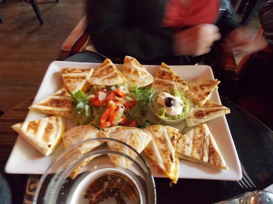 Indiana Café - Ternes : Four cheese quesadillas