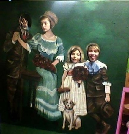 Historic Calumet Inn: Take a Victorian family photograph and send to your friends!