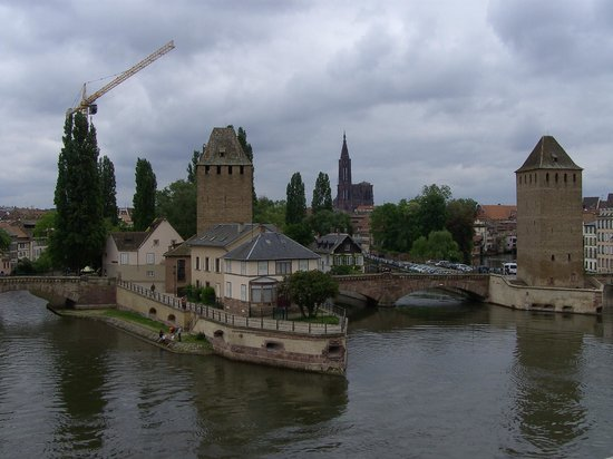 Strasbourg Pont Couverts : The covered bridges and the cathedral from the Barrage Vauban