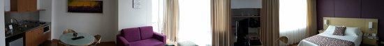 Novelty Suites Hotel: Room 1202