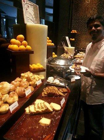 Sofitel Mumbai Bkc Breakfast Cafe Pondicherry
