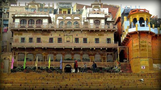 WelcomHeritage Jukaso Ganges: Hotel