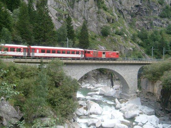 Teufelsbrücke : in der Nähe von Göschenen