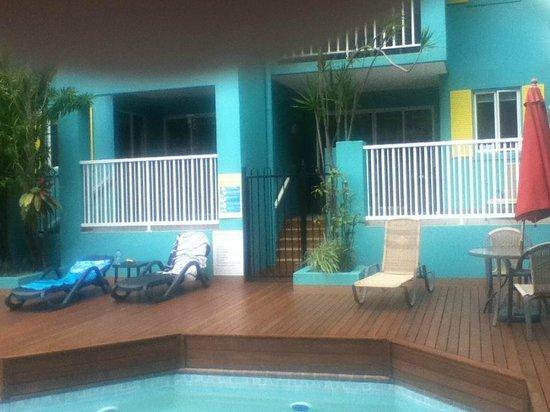 Le Cher Du Monde : Pool Area