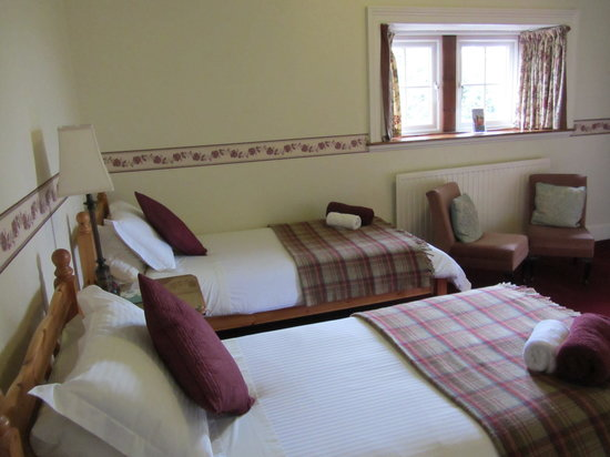 Rossmor Guest House: Twin Room