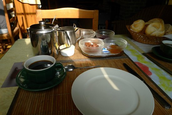 Hotel 't Keizershof: Lovely light breakfast was included