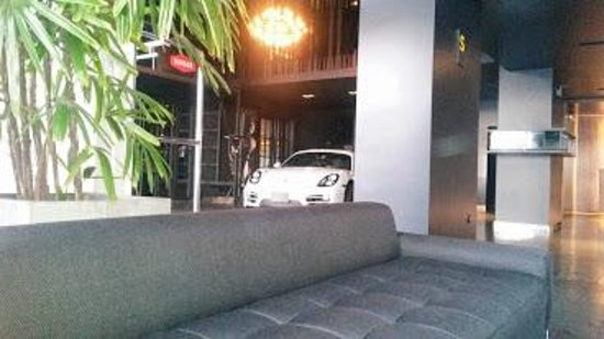 BTH Hotel: Lobby