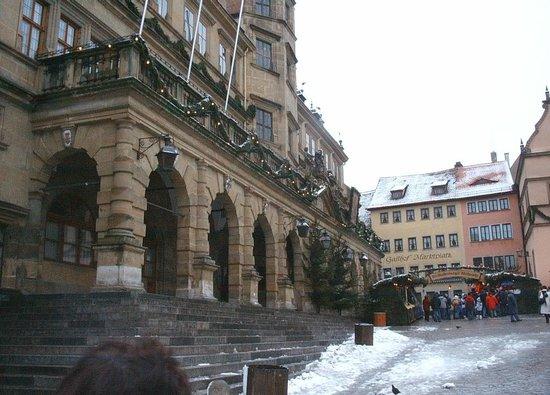 Glocke Hotel : town hall