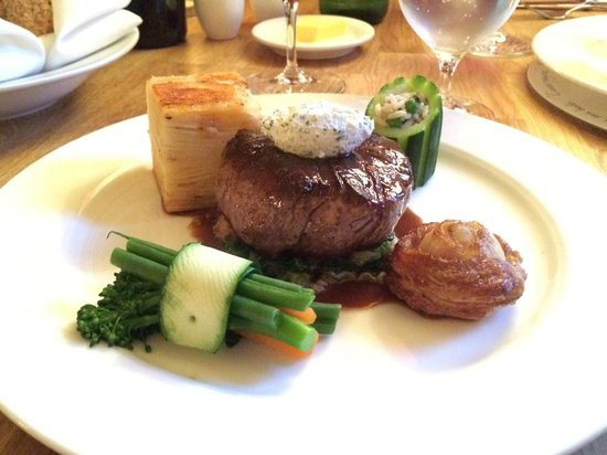 The Drawing Room: Fab main course - steak was done to perfection
