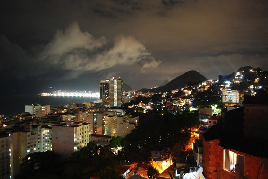 Abraco Carioca- Favela hostel: View from the terrase at night 3