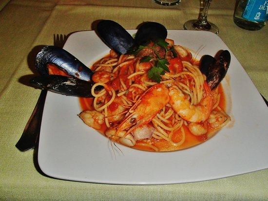 Il Piccolo : Pasta with seafood