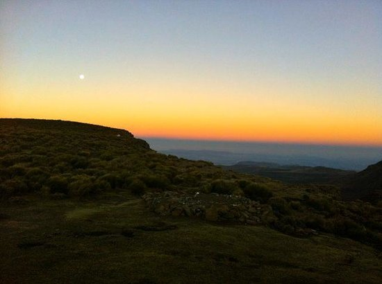 Sani Mountain Lodge : Sunset Sanipass