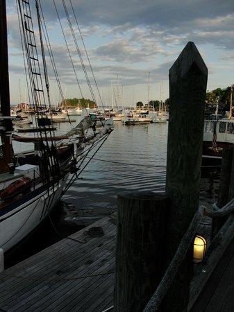 Blackberry Inn: Camden Maine harbor