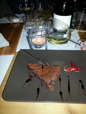 Il Bacaro : Il dessert torta cioccolato peperoncino