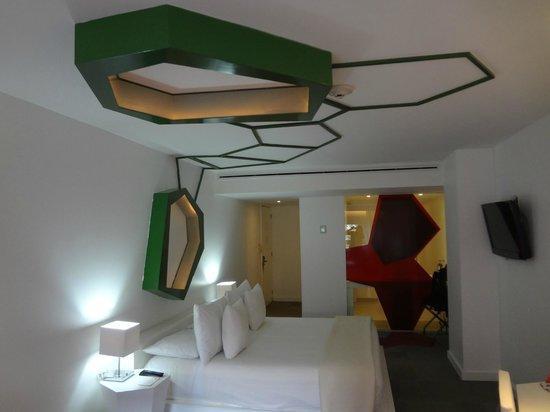 Room Mate Valentina : habitacion