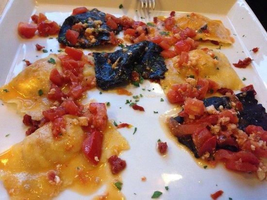 Locanda Colla: Tortelli con sogliola e pomodorini