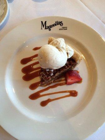 Magnolias: Pecan pie and amazing vanilla bean ice cream