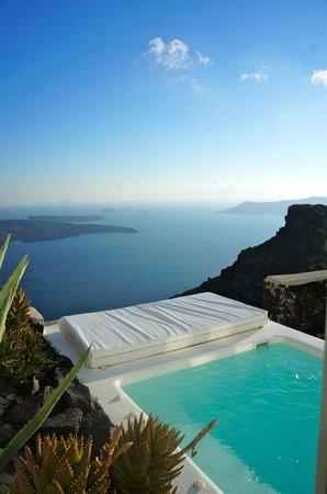 Grace Santorini Hotel: Junior suite with plunge pool