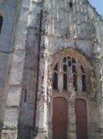 Premiere Classe Roissy - Le Mesnil Amelot: Le Mesnil Amelot Church