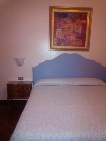 Hotel Piccola Fenice: La habitación