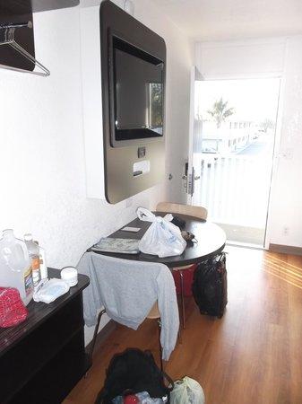 Motel 6 Ventura Beach : Le grand confort de luxe / Chambre 215.