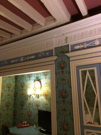 Hotel des Grands Hommes : Room decor