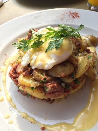 Greedies: Corned Beef Hash - an outstanding breakfast