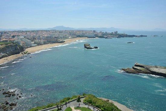 Phare De Biarritz : La grande plage de Biarritz vu du phare