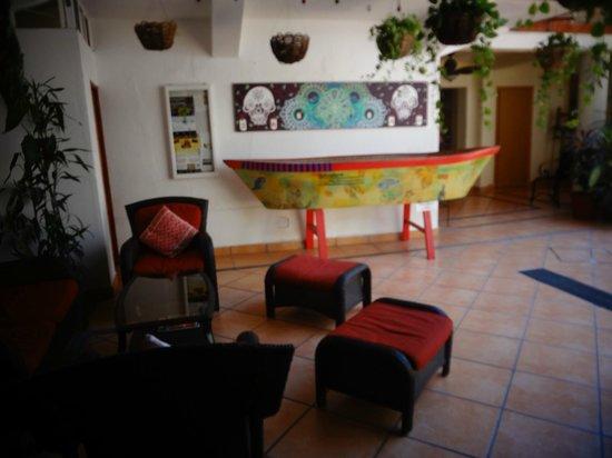 Catedral Vallarta Boutique Hotel: estar junto a la entrada