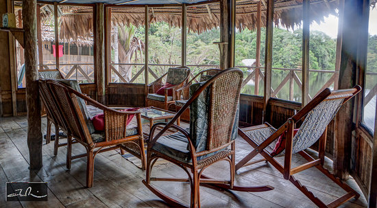 Amazonia Expeditions' Tahuayo Lodge: Front sitting room