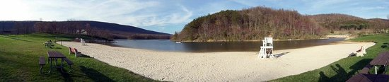 Rocky Gap State Park : Lake