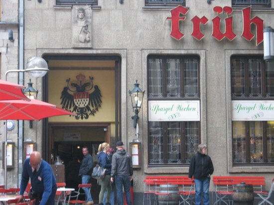 Ibis Koeln Am Dom : restaurant HofBau Fruh am dom is a short walk away from the hotel - if you can find it.