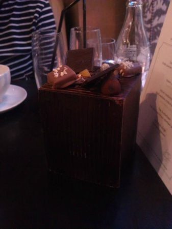 Caxton Grill : Chocolates