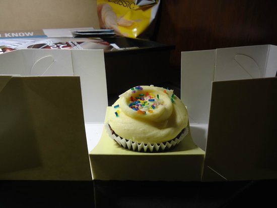 Four Points by Sheraton Manhattan Chelsea : Cupcake de boas vindas