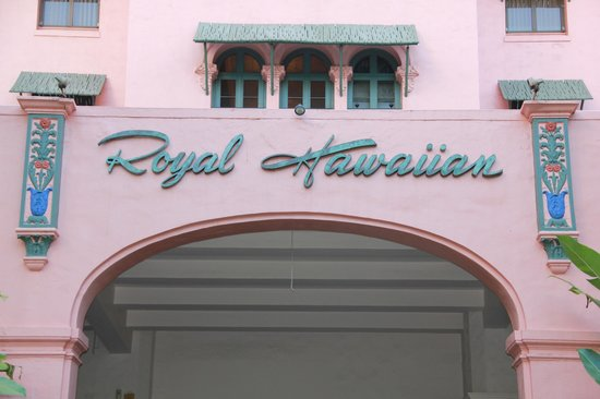 The Royal Hawaiian, a Luxury Collection Resort: facade
