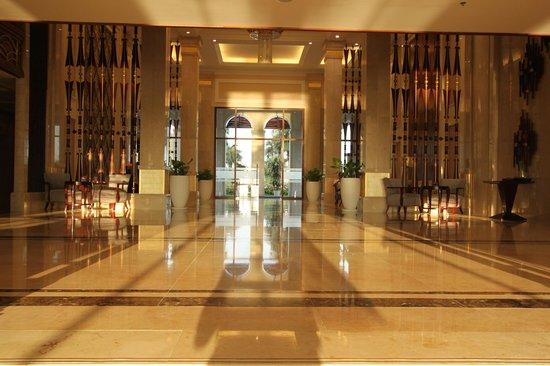 Vinpearl Da Nang Resort & Villas : Foyer and entrance.