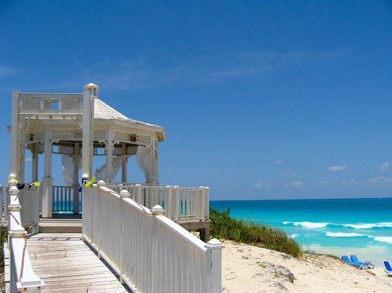 Hotel Playa Cayo Santa Maria : Beach gazebo