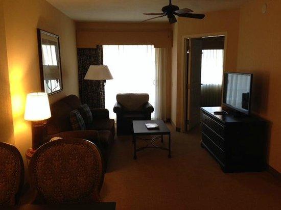Embassy Suites by Hilton La Quinta Hotel & Spa : Room
