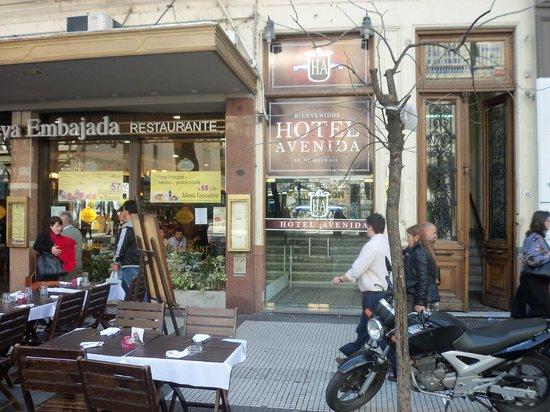 Hotel Avenida: Entrada