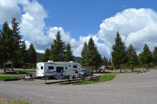 Nugget RV Park : Al and Pat Johnson (Mollie and Cassie too!)