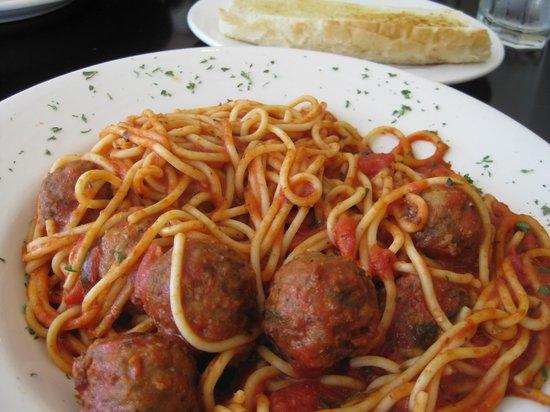 Bea Bea's: Pasta & Meatballs