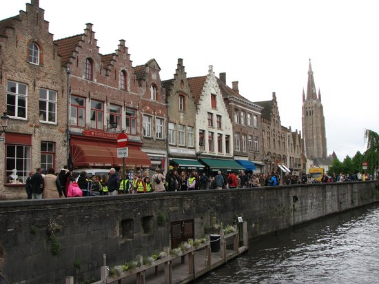 In Bruges Events - Day Tours: tipical houses
