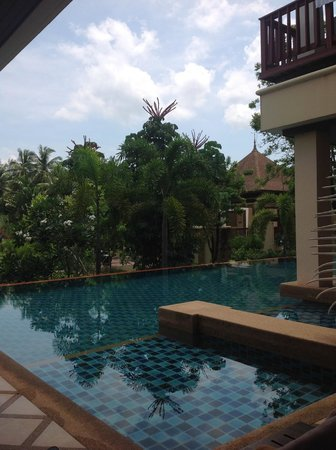 Crown Lanta Resort & Spa : our pool