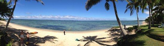 Bedarra Beach Inn: beach area