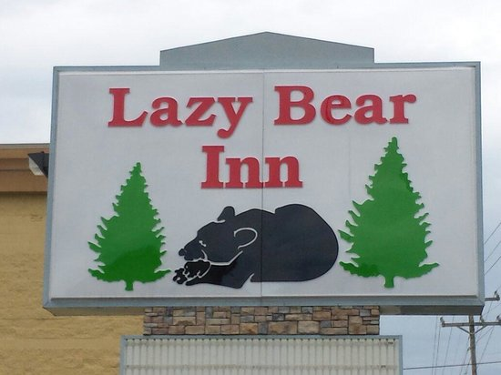 Lazy bear inn sign