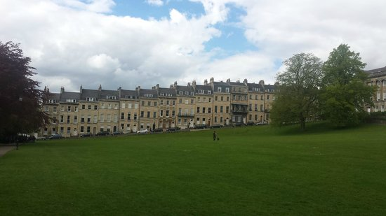 The English Bus: Houses at Bath Pic 1