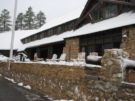 The Lodge at Bryce Canyon: Main lodge building