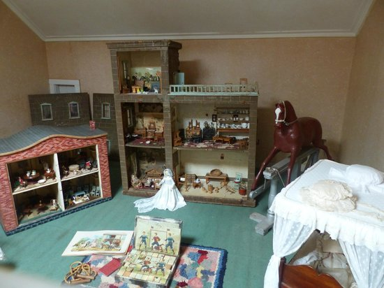 Entally Estate: Nursery