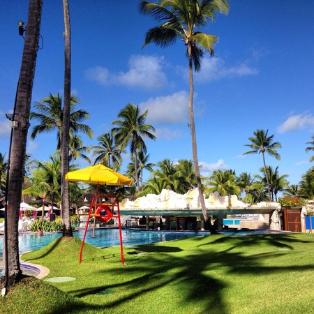 Summerville Beach Resort: Piscina